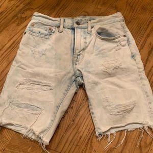 American Eagle distressed shorts. Sz 28